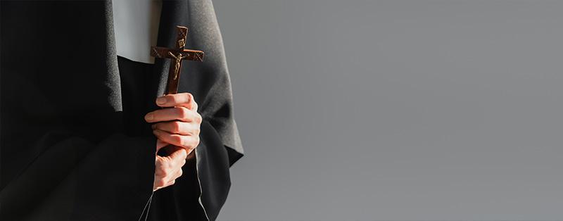 Erster Doktortitel der Information für eine Nonne